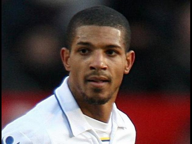 Beckford hands in transfer request