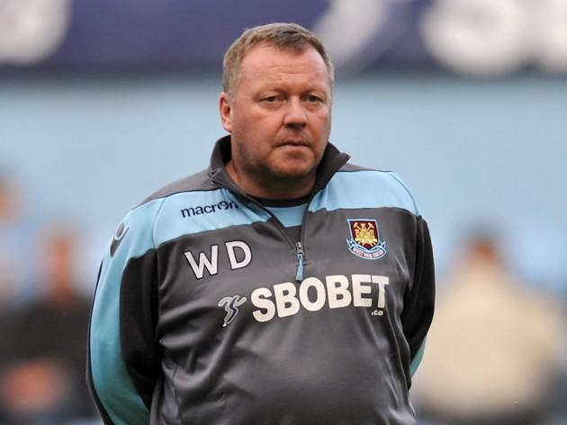 Wally Downes leaves West Ham
