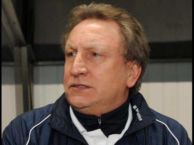 Warnock denies Hoops contact
