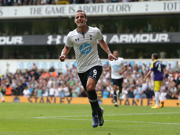 Soldado strikes again as Spurs beat Swans