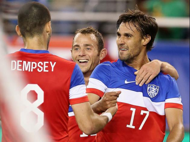 US goes soccer crazy as team eyes second round