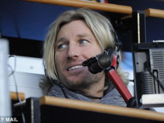 Robbie Savage sparks Twitter war with Darren Gough