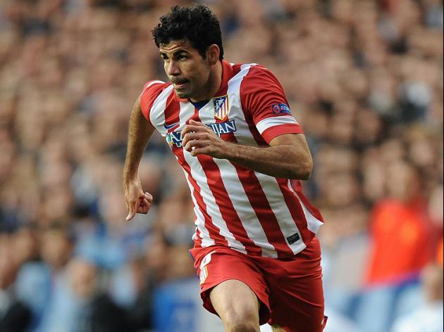Del Bosque waits on Costa fitness