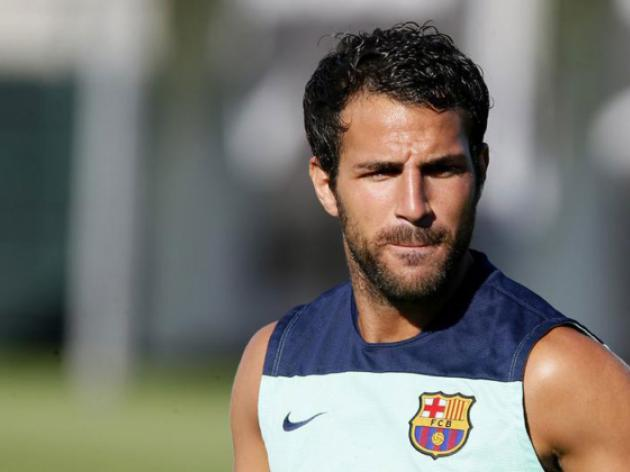 Pedro, Fabregas back in Barca training