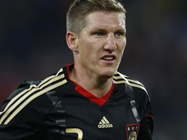 Transfer News - United want Schweinsteiger; Paul Ince to Notts County