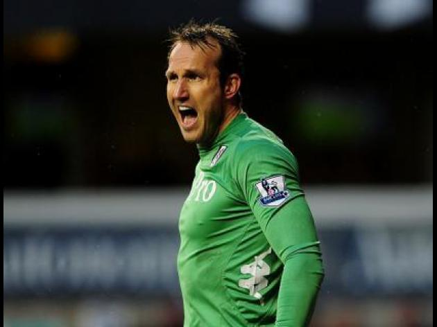 Schwarzer says he deserves new Fulham contract