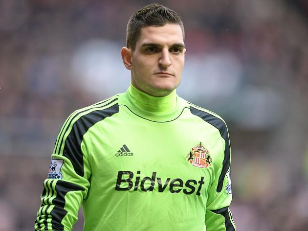 Mannone loving life at Sunderland