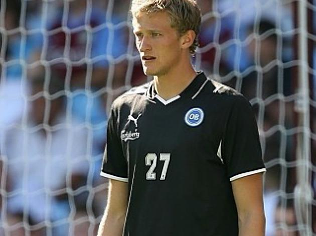 Transfer News - United close in on Anders Lindegaard; Schwarzer to Arsenal on again