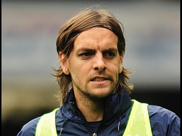 Stoke announce Woodgate signing