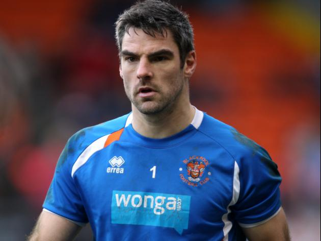 Goalkeeper Gilks signs for Burnley