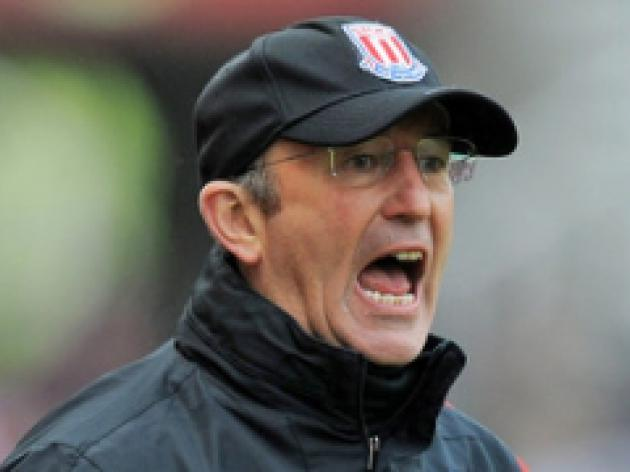 Potters boss Pulis plotting top-10 finish
