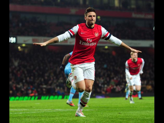 Giroud claims he was watched by Bayern, but is happy at Arsenal