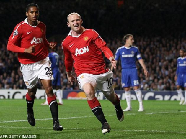Wayne Rooney celebrates Manchester United winner with a smile