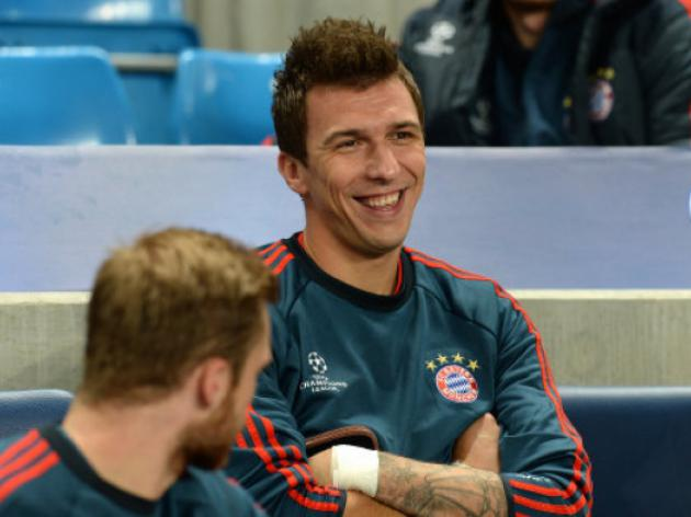 Mandzukic left at home as Bayern leave for Moscow