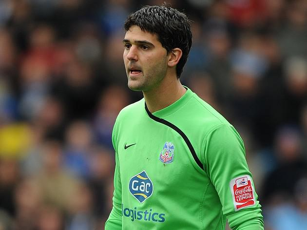 Palace goalkeeper Speroni unfazed by 'underdogs' tag