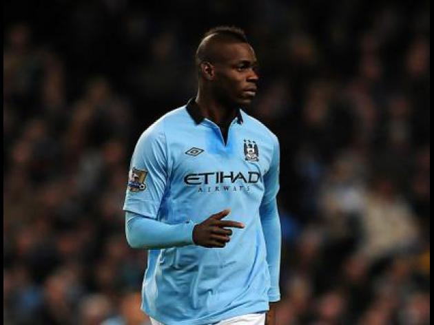 Mancini insists Balotelli is not going to AC Milan