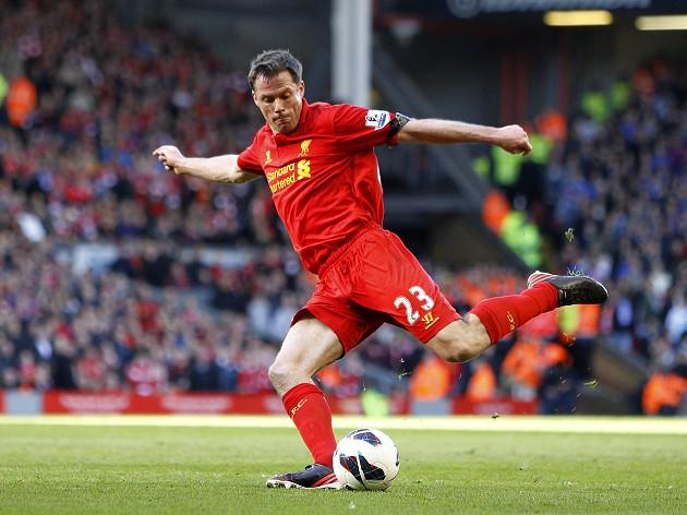 Liverpool defender Jamie Carragher prepares to sign off