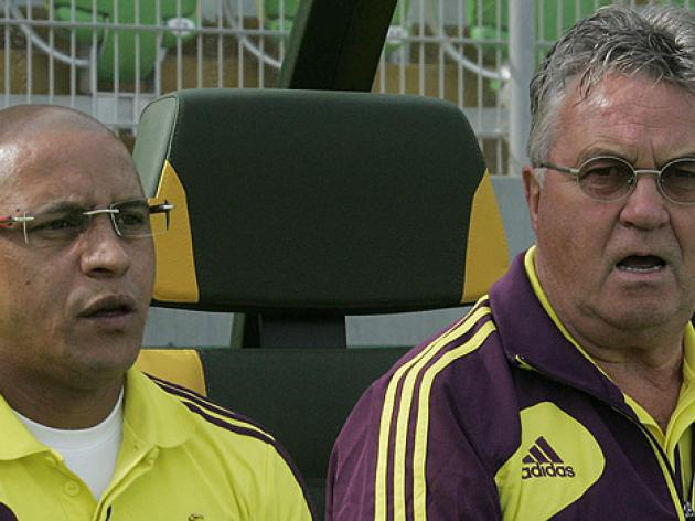 Bookies slash odds on Hiddink to Barca after leaving Anzhi