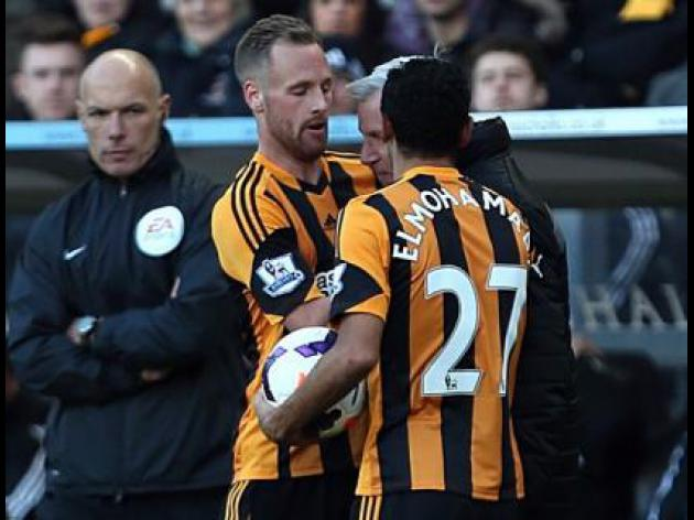 Fans ask Pardew: 'Lead by example'