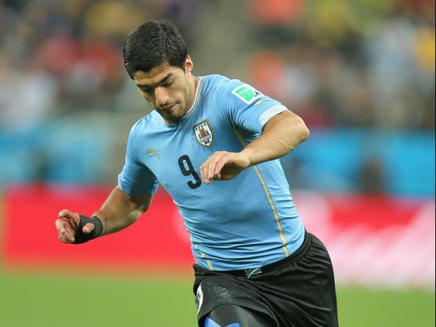 Suarez swerves big issue