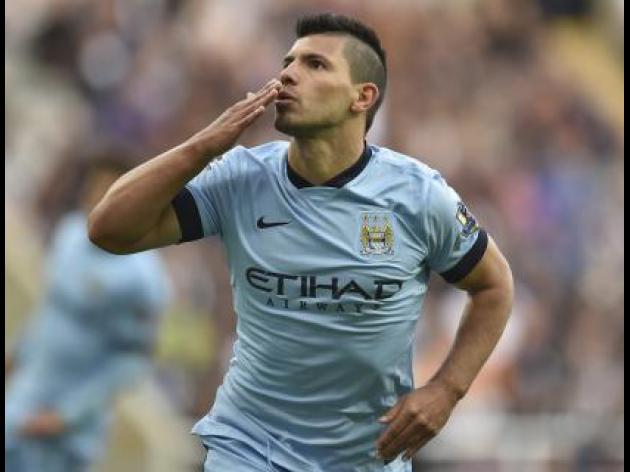 Aguero seals opening win for City