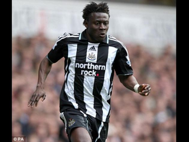 Obafemi Martins given green light for Birmingham debut after receiving permit
