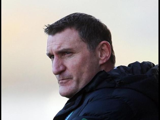 Reid shows support for Mowbray