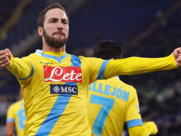 Higuain outclasses Milan to leave Balotelli in tears