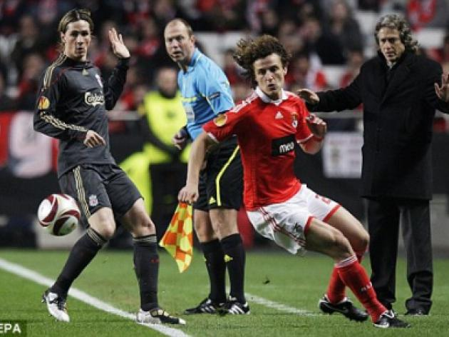 David Luiz heading for Chelsea as Benfica officials fly in to finalise deal