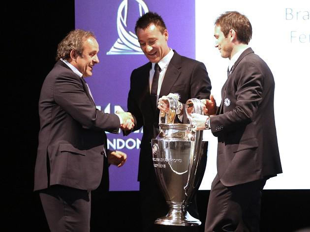 Chelsea captain John Terry pained by trophy handover