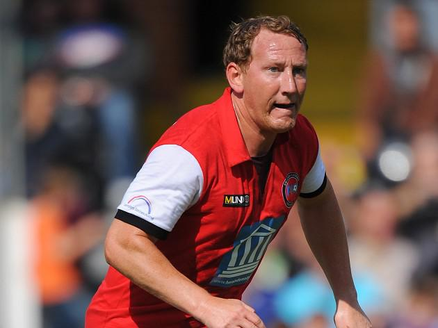 Former Arsenal player Ray Parlour jumps to Wenger's defence