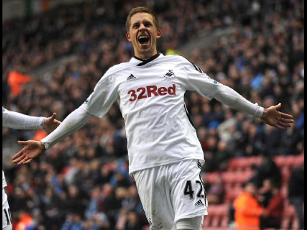 Sigurdsson sees bright future at Spurs