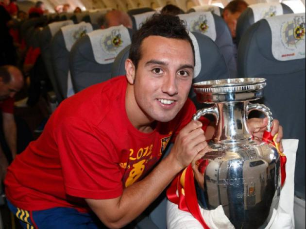 Arsenal Officially Announce Carzola Signing