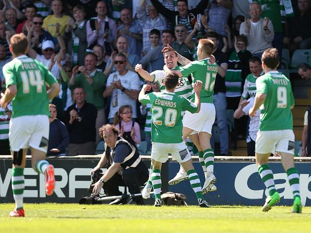Yeovil strike late to reach Wembley playoff final