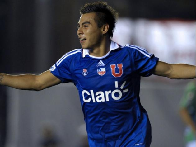 Chile striker Vargas to join Napoli
