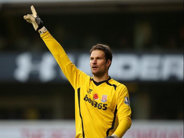 Hughes: Virus blowing through Stoke