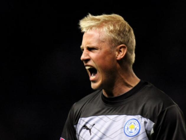 Real Madrid eye Foxes stopper Schmeichel