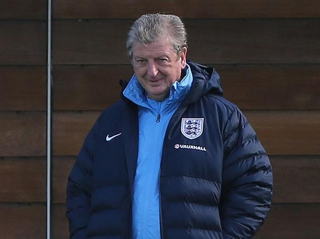 Hodgson gets Taylor backing