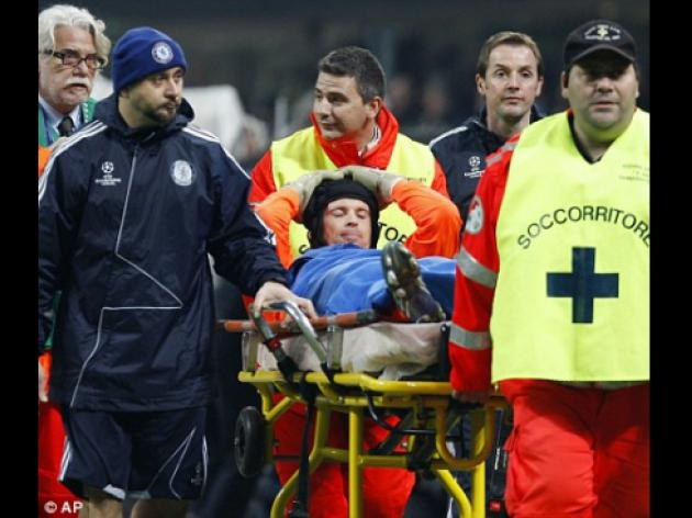Petr Cech out for a month after Chelsea keeper's calf tear against Inter Milan