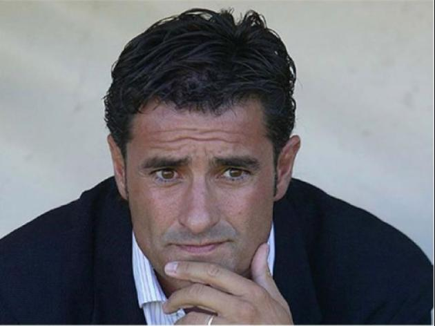 Former Madrid midfielder Michel named new Sevilla coach