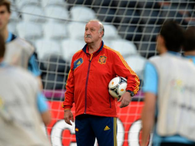 Del Bosque coy on Casillas selection