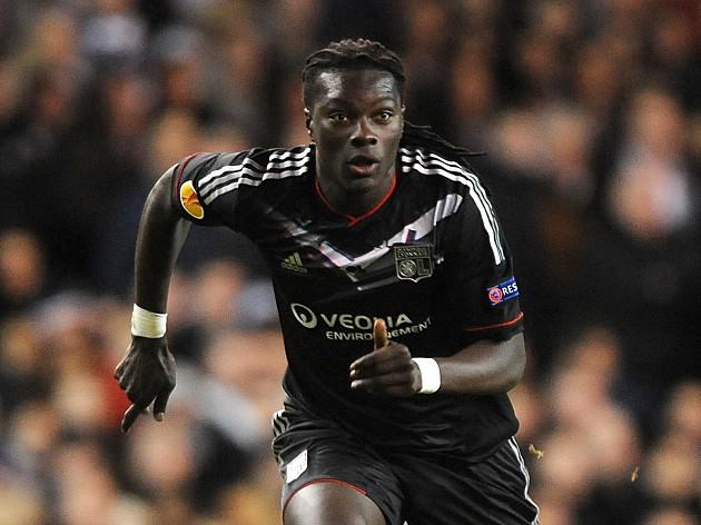 Newcastle's Gomis offer 'accepted'