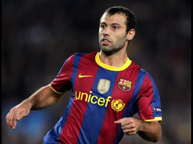 Mascherano extends Barca contract until 2018