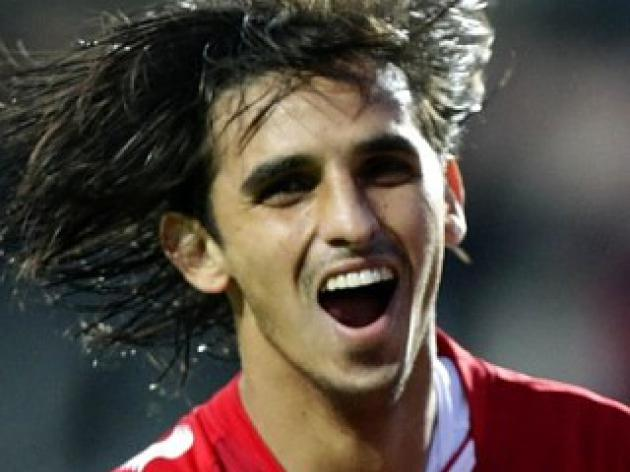 Fulham Agree Deal to Sign Bryan Ruiz from FC Twente