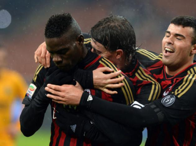 Milan rediscover joy of football on Seedorf debut