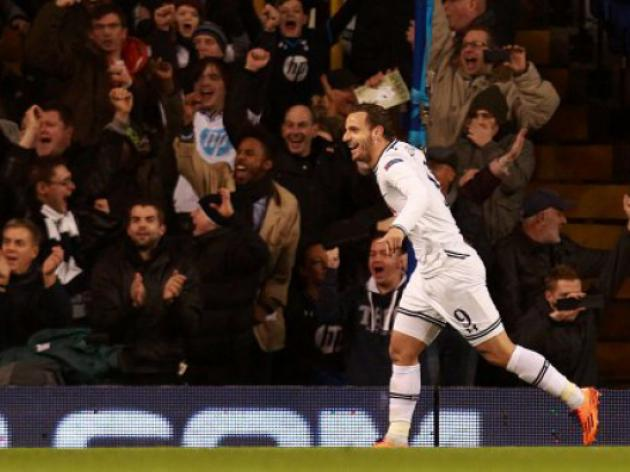 Tottenham v Anzhi Makhachkala : Match Report - Soldado hat-trick boost