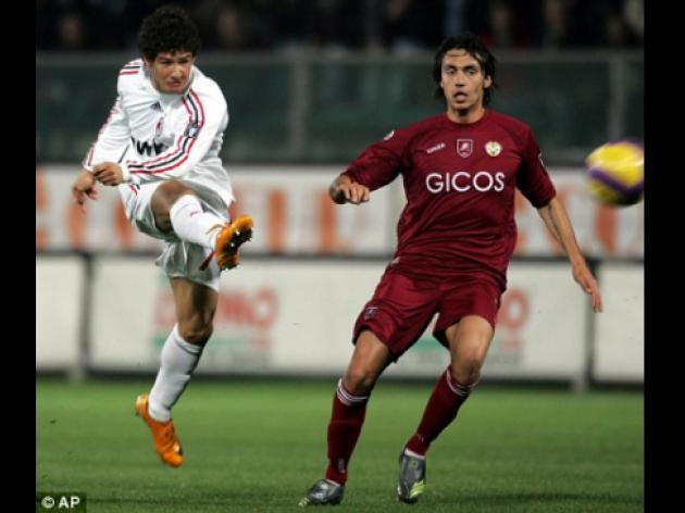 Chelsea push on in 45m Pato pursuit despite his commitment to AC Milan