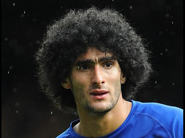 Everton start Fellaini contract talks