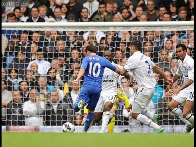 Superb Mata fires Chelsea to win