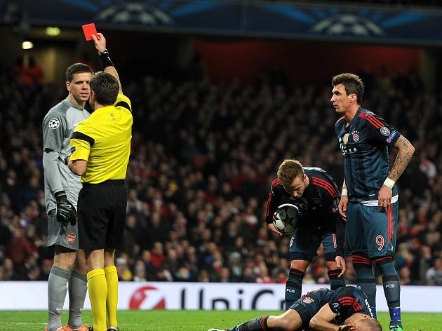 Gunners pay for Szczesny red card